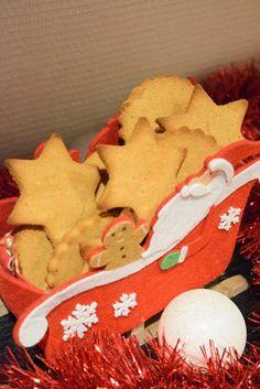 Viljaton piparkakku Gingerbread Cookies, Desserts, Food, Gingerbread Cupcakes, Tailgate Desserts, Deserts, Eten, Postres, Dessert
