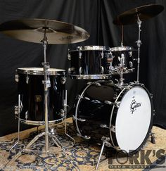 Used Gretsch USA custom drum set Piano Black Gretsch Drums, Usa Customs, Beat Em Up, Drummers, 1980s, Piano, Musicals, Instruments, Inspire