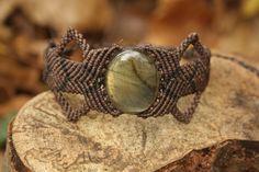 Brown Labradorite Macrame String Bracelet von Brujartes auf Etsy