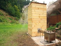 Smoke House Plans, Smoker Cooker, Diy Smoker, Outdoor Cooking Area, Offset Smoker, Grill Oven, Smoke Grill, My Pool, Rocket Stoves