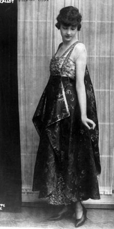 Evening gown, Callot Soeurs, ca. 1915. Photo by Philippe Ortiz. Library of Congress