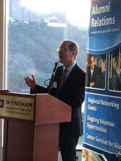 On Sept. 16th, Dean of Smeal College of Business, Dr. Charles Whiteman, hosted an Alumni Networking event in Pittsburgh.