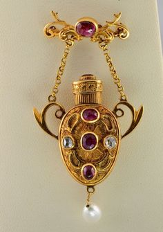 Victorian scent bottle brooch