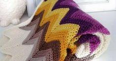 chevron crochet blanket - inspired - three beans in a pod ---Oooh beautiful colors! Zig Zag Crochet, Crochet Afghans, Crochet Ripple, Crochet Blanket Patterns, Knitting Patterns, Crochet Blankets, Chevron Crochet Blanket Pattern, Ripple Afghan, Crochet Diagram