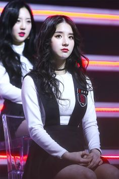 your best source for everything about Blockberry Creative's girl group, LOOΠΔ. Kpop Girl Groups, Kpop Girls, Kim Jung, Olivia Hye, Korean Wave, First Girl, Sooyoung, Tumblr Girls, Pop Group