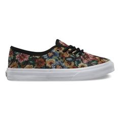 The Tapestry Floral Authentic Slim is a simple low top, lace-up with a durable floral tapestry upper, slightly slimmer silhouette than that of the original, contrast Vans flag label, metal eyelets and Vans signature waffle outsole.