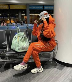 Swag Outfits For Girls, Chill Outfits, Pretty Outfits, Cute Outfits, Airplane Outfits, Estilo Kylie Jenner, Mall Outfit, Clothing Haul, Fashion Killa
