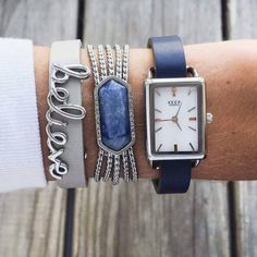Love the silver and blue look! So cute and casual!!! www.keep-collective/with/marisamammano