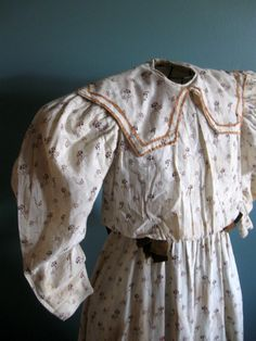 young girl's dress 1890s   1890's Young Miss Dress