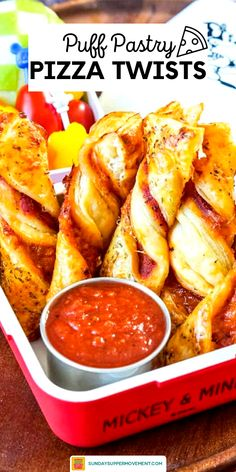 Puff Pastry Pizza Twists are PERFECT for all things fall such as tasty BACK TO SCHOOL lunches and EASY FOOTBALL PARTY FINGER FOOD! Sheets of puff pastry are filled with a layer of tomato sauce and shredded mozzarella cheese, cut into slices, then twisted and baked until golden. Pair with a tomato dipping sauce for a fun Kid Lunch Idea for School. #SundaySupper #backtoschool #appetizer #football #lunch #fingerfood #easyrecipe #pizza #pizzatwists Best Appetizer Recipes, Supper Recipes, Best Appetizers, Pizza Recipes, Side Dish Recipes, Snack Recipes, Cooking Recipes, Vegetarian Appetizers, Finger Food Appetizers