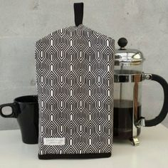 Check out this item in my Etsy shop https://www.etsy.com/dk-en/listing/265004017/coffeecozy-for-frenchpress-coffee-pot