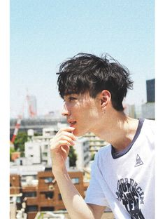 ショートは洗いざらしの様な軽いセミウェットで☆[Belle原宿]:L013914029|アットラブ(at'LAV by Belle)のヘアカタログ|ホットペッパービューティー Japanese Men Hairstyle, Korean Boy Hairstyle, Asian Man Haircut, My Hairstyle, Ftm Haircuts, Haircuts For Men, Curly Hair Cuts, Curly Hair Styles, Medium Hair Styles