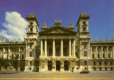 Medieval Hungary: Museum of Applied Arts Medieval Art, Budapest Hungary, Architecture Art, Louvre, Exterior, Mansions, House Styles, Gallery, Building