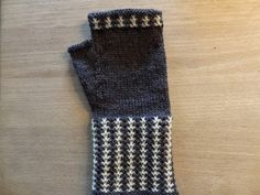 Knitting, How To Wear, Yards, Accessories, Socks, Diy, Fashion, Stockings, Do It Yourself