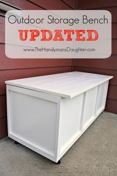 DIY Outdoor Storage Bench - Take Two Even good DIY projects can go bad over time! My outdoor storage