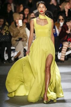 http://www.vogue.com/fashion-shows/fall-2016-ready-to-wear/christian-siriano/slideshow/collection