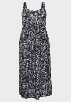 Ladies Black & White Print Maxi Dress  BNWOT UK SIZES 22/24-26/28  Faded Glory #FADEDGLORY #MAXIDRESS #SummerBeach Faded Glory, Summer Beach, Plus Size Fashion, Online Price, Summer Dresses, Black And White, Best Deals, Lady, How To Wear