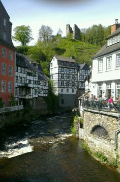 Monchau, Alemania, tengo unos hermosos recuerdos de ese encantador lugar!!!