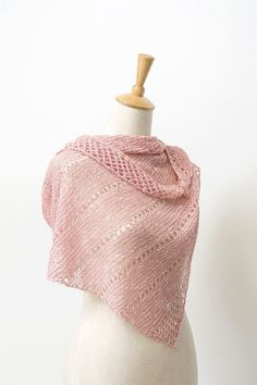 Ravelry: Asterism shawl with BC Garn Tussah Tweed - knitting pattern by Janina Kallio.