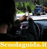 Stop agli sms quando si guida, con una app - Attualità