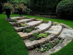 Beautiful garden design and landscaping ideas help transform yards and lawns in something that is very pleasant and attractive #GardenDesign