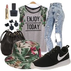 bedaa83d6a16 17 Best Bucket hat outfits images