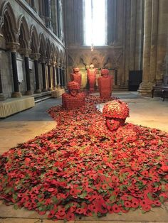 Fallen soldiers are depicted in thousands of poppies in Martin Waters' artwork at Beverley Minster Remembrance Day Pictures, Remembrance Day Activities, Remembrance Day Poppy, Pictures Of Poppy Flowers, Poppy Wreath, Poppy Craft, Armistice Day, Anzac Day, Amazing Buildings