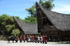 9 Things You Must Do at Lake Toba, Indonesia
