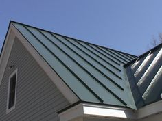 Learn about standing seam metal roof options here. Compare standing seam roof costs, find local contractors & more. Metal Roofing Systems, Roofing Options, Steel Roofing, Roofing Materials, Aluminum Roofing, Tin Roofing, Roofing Shingles, Metal Siding, Steel Roof Panels