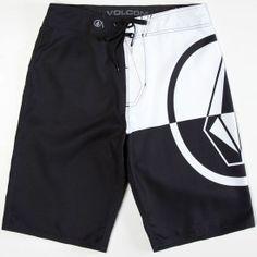 Volcom stone logo printed at left leg. Mens Swim Shorts, Summer Shorts, Boxer Pants, Mens Boardshorts, Stretch Shorts, Man Swimming, Sport Shorts, Trunks, Beach