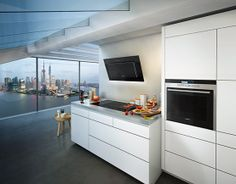 The appliances make this #kitchen an experience. #kitchenworld #enjoysiemens
