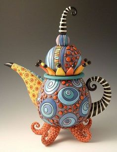 Natalya Sots, ceramics artist originally from Pavlodar, Kazakhstan now living in Chicago. She