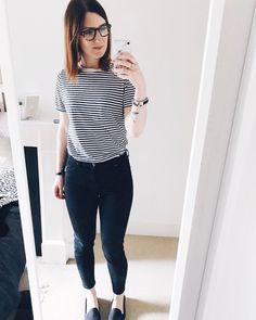 Stripe tee and black skinny jeans. Simple OOTD - Hannah 🌿 (@hannahandtheblog) on Instagram
