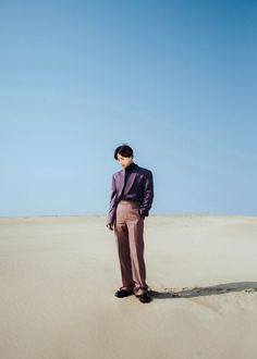 EXO's Suho has released more teaser images for his solo debut.On March 21 KST, Suho revealed three new photos that present the singer alone in the…