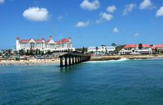 Stunning Pics Of Port Elizabeth That Prove It's SA's Most Underrated City Port Elizabeth South Africa, Cape Colony, Rocky Shore, Out Of Africa, Amazing Pics, Holiday Destinations, Places Around The World, Wonderful Places, Scenery