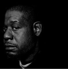 forest whitaker... Celebrity Photographers, Celebrity Portraits, Famous Men, Famous Faces, Forest Whitaker, Photo Star, Popular People, Portrait Poses, Portrait Photography
