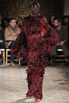 See the complete Christian Siriano Fall 2017 Ready-to-Wear collection.
