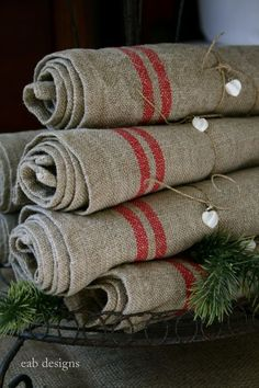 Nice brown gray muslin with hand painted detail? Nice brown gray muslin with hand painted detail? Primitive Christmas, Rustic Christmas, Christmas Crafts, Christmas Napkins, Linen Towels, Linen Napkins, Linens And Lace, Vintage Textiles, Hostess Gifts