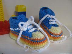 Botinhas em crochet para bebé   http://magiadocrochet.blogspot.com