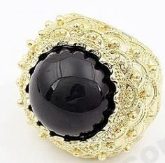 gold & black stone cocktail ring <3