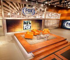 FOX news set Tv Set Design, Stage Set Design, Church Stage Design, Virtual Studio, Rest Area, Tv Sets, News Studio, Living Room Tv, Arquitetura