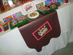 I like the chocolate river table runner