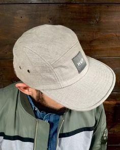 Nueva gorra de #huf ya disponible en #cientosiete store!#urbanstyle #streetwear #ourense #galicia #hats