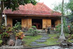 17 best images about joglo limasan on javanese Bali House, Surf House, Traditional Decor, Traditional House, Indonesian House, Old Style House, African House, Timber Architecture, Natural Structures