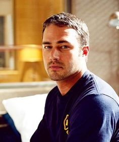 Taylor Kinney. that face though.