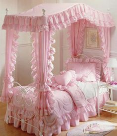 OK technically this wasnu0027t part of my childhood; but as a young girl this always was my dream bed. I always wanted a pink canopy bed. : girls canopy bedding - memphite.com