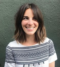 Bangs can be easy to manage, so long as you choose the right kind. Curtain bangs are about as low-maintenance as they get. Mom Haircuts, Great Haircuts, Thin Hair Haircuts, Mom Hairstyles, Popular Haircuts, Homecoming Hairstyles, Party Hairstyles, Hairdos, Easy Hair Cuts