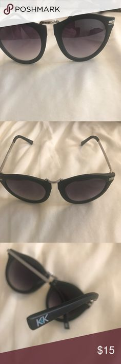 Kendall & Kylie Jenner Sunglasses Brand new Kendall & Kylie Accessories Sunglasses