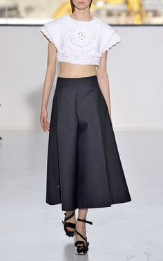 New York Fashion Week, preorder Delpozo Spring 2015 Runway Trunkshow Look 13 - Dark Navy Blue Double Poplin Pant and Optical White Cotton Top