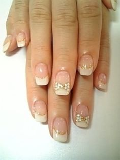 46. #Blinging Bows - 62 Fabulous #French Tip Designs ... → #Nails #Accent